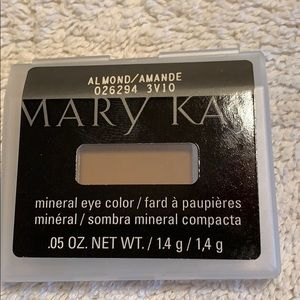 Mary Kay mineral eyecolor Almond